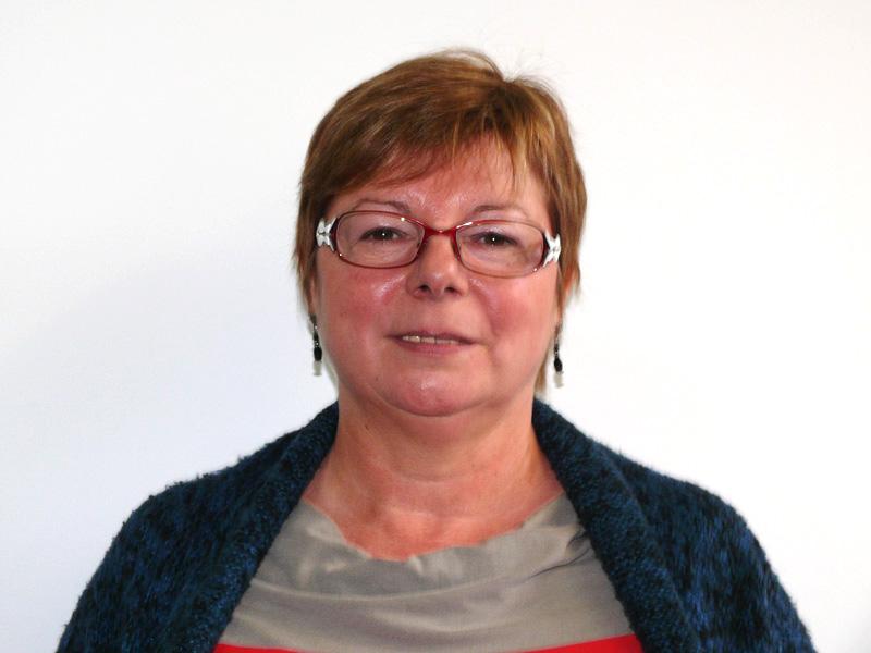 Muriel LESNES